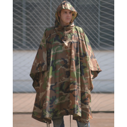 PONCHO RIPSTOP IMPERMEABLE MIL-TEC WOODLAND